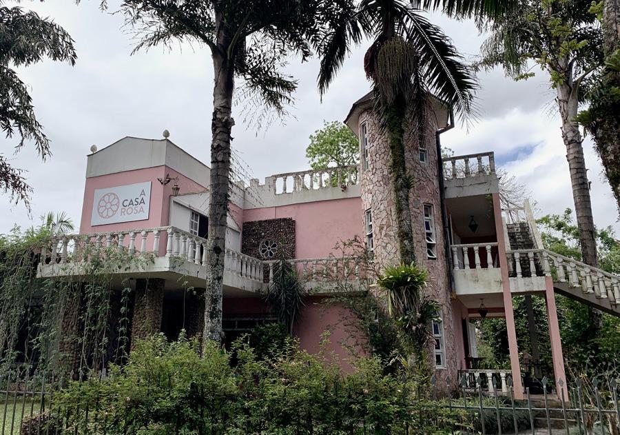 A Casas Rosa, hostel em Praia Grande, SC.