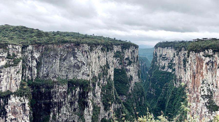 Trilha do Cotovelo Canyon Itaimbezinho